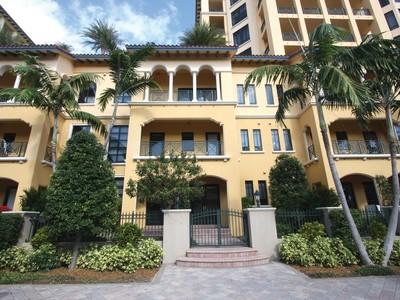 Condominium for sales at 200 E Palmetto Park Rd , Th-3, Boca Raton, FL 3343 200 E Palmetto Park Rd Th-3   Boca Raton, Florida 33432 United States