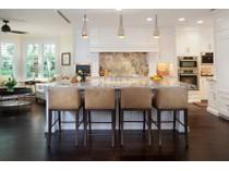 Residência urbana for sales at PARK SHORE - BRITTANY 4021  Gulf Shore Blvd  N V17   Naples, Florida 34103 Estados Unidos