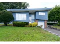 Casa para uma família for sales at Contemporary 148 Cow Neck Rd   Port Washington, Nova York 11050 Estados Unidos