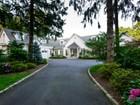 Casa para uma família for sales at Colonial 17 Hilldale Ln Sands Point, Nova York 11050 Estados Unidos
