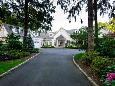 独户住宅 for sales at Colonial 17 Hilldale Ln Sands Point, 纽约州 11050 美国