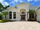 獨棟家庭住宅 for sales at LAUREL OAK ESTATES 1983  Tom Morris Dr Sarasota, 佛羅里達州 34240 美國