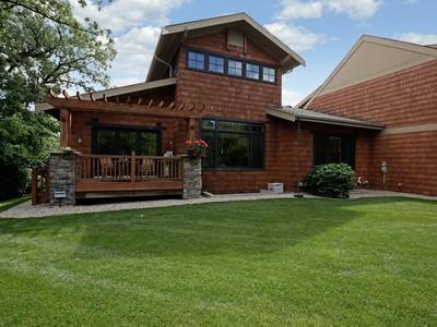Residência urbana for sales at 1174 Lexington Ridge Ct , Eagan, MN 55123 1174  Lexington Ridge Ct Eagan, Minnesota 55123 Estados Unidos