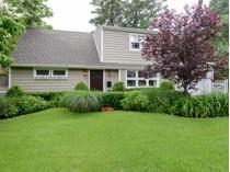 Casa para uma família for sales at Exp Cape 19 Radcliff Ave   Port Washington, Nova York 11050 Estados Unidos