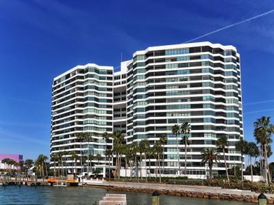 共管式独立产权公寓 for sales at CONDO ON THE BAY 988  Blvd Of The Arts 312 Sarasota, 佛罗里达州 34236 美国