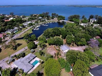 Terreno for sales at PALMA SOLA PARK Alcazar Dr Bradenton, Florida 34209 Stati Uniti