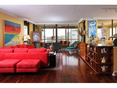 Condominium for sales at PARK SHORE - PARK PLAZA 4301  Gulf Shore Blvd  N 1204   Naples, Florida 34103 United States