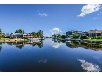Casa para uma família for sales at MARCO ISLAND - SAN MARCO ROAD 1590  San Marco Rd Marco Island, Florida 34145 Estados Unidos