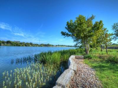 Terreno for sales at A Waterfront Haven 608 Waterside Dr Marble Falls, Texas 78657 Estados Unidos