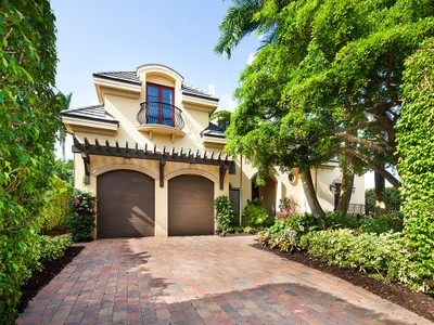 Single Family Home for sales at PARK SHORE 646  Parkview Ln Naples, Florida 34103 United States