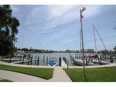 Condo / Townhome / Villa for rentals at 372 Harbour Dr  Naples, Florida 34103 United States