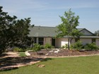 Vivienda unifamiliar for sales at Peaceful, Private Home 102 E Mountain Top Boerne, Texas 78006 Estados Unidos