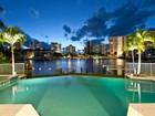 Maison unifamiliale for sales at PARK SHORE 311  Neapolitan Way Naples, Florida 34103 États-Unis