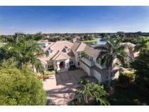 Casa para uma família for sales at PELICAN MARSH 9328  Sweetgrass Way   Naples, Florida 34108 Estados Unidos