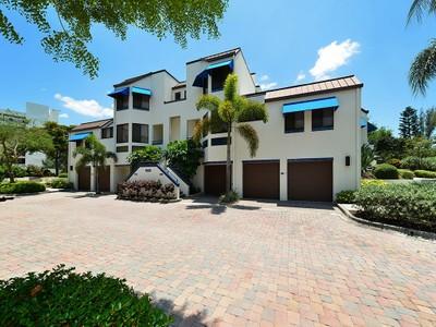 Adosado for sales at FAIRWAY BAY 2000  Harbourside Dr 1502 Longboat Key, Florida 34228 Estados Unidos