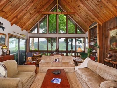 Частный односемейный дом for sales at LINVILLE RIDGE 209  Ridge Drive Linville, Северная Каролина 28646 Соединенные Штаты