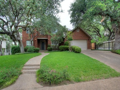 Single Family Home for sales at Wonderful Gem in Shavano Heights 3903 Heights View Dr San Antonio, Texas 78230 United States