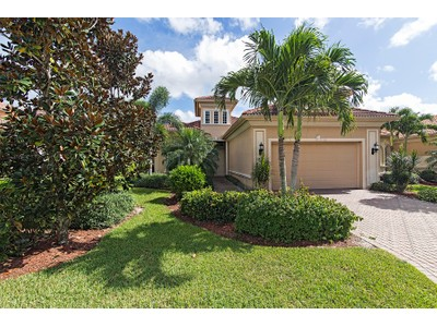 Villa for sales at 5910 Hammock Isles Cir , Naples, FL 34119 5910  Hammock Isles Cir  Naples, Florida 34119 Stati Uniti