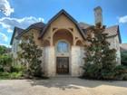 Casa Unifamiliar for  sales at Extraordinary, Tranquil Home 41 Persimmon Path San Antonio, Texas 78258 Estados Unidos