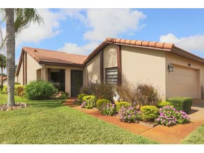 Nhà chung cư for sales at JACARANDA WEST 898  Country Club Cir 47  Venice, Florida 34293 Hoa Kỳ