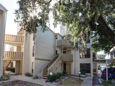 Nhà phố for sales at BAY OAKS 6157  Midnight Pass Rd A62 Sarasota, Florida 34242 Hoa Kỳ