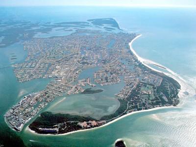 土地,用地 for sales at MARCO ISLAND - KEY MARCO 906  Whiskey Creek Dr  Marco Island, 佛罗里达州 34145 美国