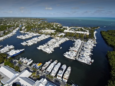 Autre résidentiel for sales at Ocean Reef Marina Offers Full Yacht Services 201 Ocean Reef Drive Dock FS-14  Key Largo, Florida 33037 États-Unis