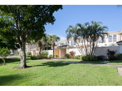 Townhouse for sales at OLDE NAPLES-BROADVIEW VILLAS 1124  6th St  S Naples, Florida 34102 United States