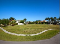 Terreno for sales at MARCO ISLAND - BARFIELD COURT 1598  Barfield Ct   Marco Island, Florida 34145 Estados Unidos