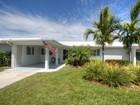 Nhà phố for sales at WHITECAP CIRCLE 844  White Cap Cir 11 Venice, Florida 34285 Hoa Kỳ