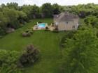 Nhà ở một gia đình for  sales at Colonial 34 Stirrup Dr Upper Brookville, New York 11545 Hoa Kỳ