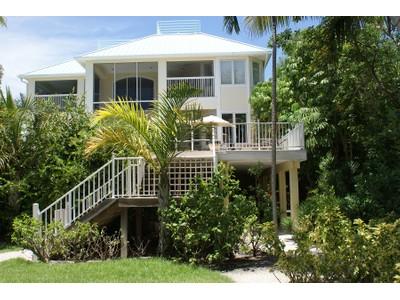 Vivienda unifamiliar for sales at Captiva 16585  Captiva Dr  Captiva, Florida 33924 United States