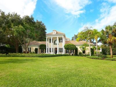 Maison unifamiliale for sales at THE OAKS 21  Sugar Mill Dr  Osprey, Florida 34229 États-Unis