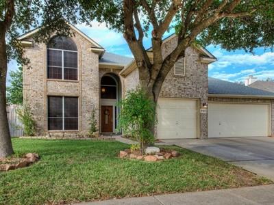 Villa for sales at Gorgeous Upgraded Home in Cedar Springs 9415 Camino Venado  Helotes, Texas 78023 Stati Uniti