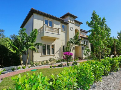 Maison unifamiliale for sales at CASEY KEY 2508  Casey Key Rd  Nokomis, Florida 34275 États-Unis