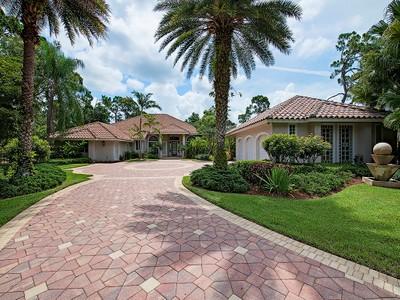 Частный односемейный дом for sales at PINE RIDGE 6582  TRAIL Blvd Naples, Флорида 34108 Соединенные Штаты