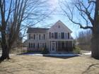 Maison unifamiliale for sales at Farmhouse  Shelter Island, New York 11964 États-Unis