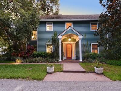 Частный односемейный дом for sales at WEST OF TRAIL 1434  Ladue Ln Sarasota, Флорида 34231 Соединенные Штаты