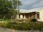 Vivienda unifamiliar for sales at Custom Hill Country Home 859 PR 2321  Hondo, Texas 78861 Estados Unidos