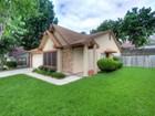 단독 가정 주택 for sales at Home with a Great Floor Plan 5415 Vista Run Dr San Antonio, 텍사스 78247 미국