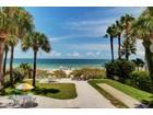 独户住宅 for  sales at INDIAN ROCKS BEACH 2302  Beach Trl Indian Rocks Beach, 佛罗里达州 33785 美国