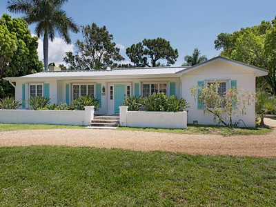 Single Family for rentals at 116 3rd St N  Naples, Florida 34102 United States