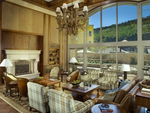 Additional photo for property listing at Penthouse Living at Ritz Carlton Vail 728 W. Lionshead Circle #402   Vail, Colorado 81657 United States