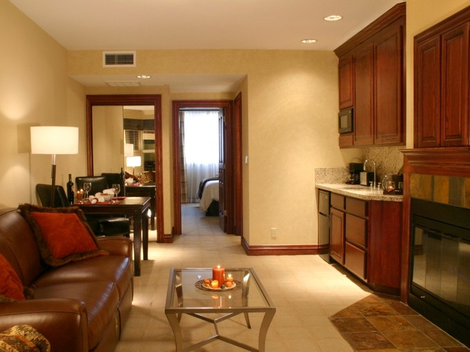 Condominium for sales at The Suites at Beaver Creek Lodge #406 26 Avondale Ln #406 Beaver Creek, Colorado 81620 United States