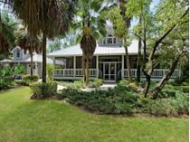 Maison unifamiliale for sales at NAPLES - LIVINGSTON WOODS 6480  Sandalwood Ln   Naples, Florida 34109 États-Unis