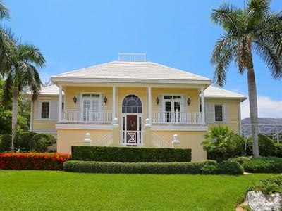 Villa for sales at SLEEPY LAGOON 593  Juan Anasco Dr Longboat Key, Florida 34228 Stati Uniti