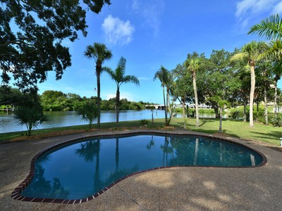 独户住宅 for sales at RIVER FOREST 5381  Palos Verdes Dr  Sarasota, 佛罗里达州 34231 美国