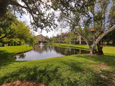 Nhà chung cư for sales at ASHTON LAKES 5507  Ashton Lake Dr 5507 Sarasota, Florida 34231 Hoa Kỳ