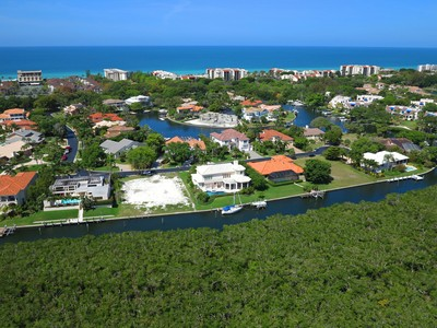 Đất đai for sales at BAY ISLES - HARBOR SECTION 1590  Harbor Cay Ln 27 Longboat Key, Florida 34228 Hoa Kỳ