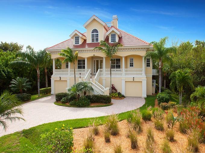 Nhà ở một gia đình for sales at MARCO ISLAND - HIDEAWAY BEACH 381  Red Bay Ln Marco Island, Florida 34145 Hoa Kỳ